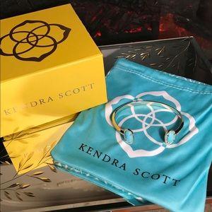 Kendra Scott 😍💯 Authentic!!!